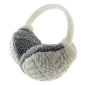 Pletené klapky na uši bílé