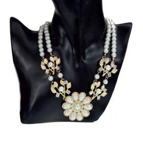 Náhrdelník s perličkami a zirkony Carmenia