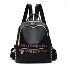 Střední batůžek s cvočky LOVE LOVE